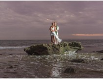 Vero-Rolo-Hawaiian-Beach-Wedding_0